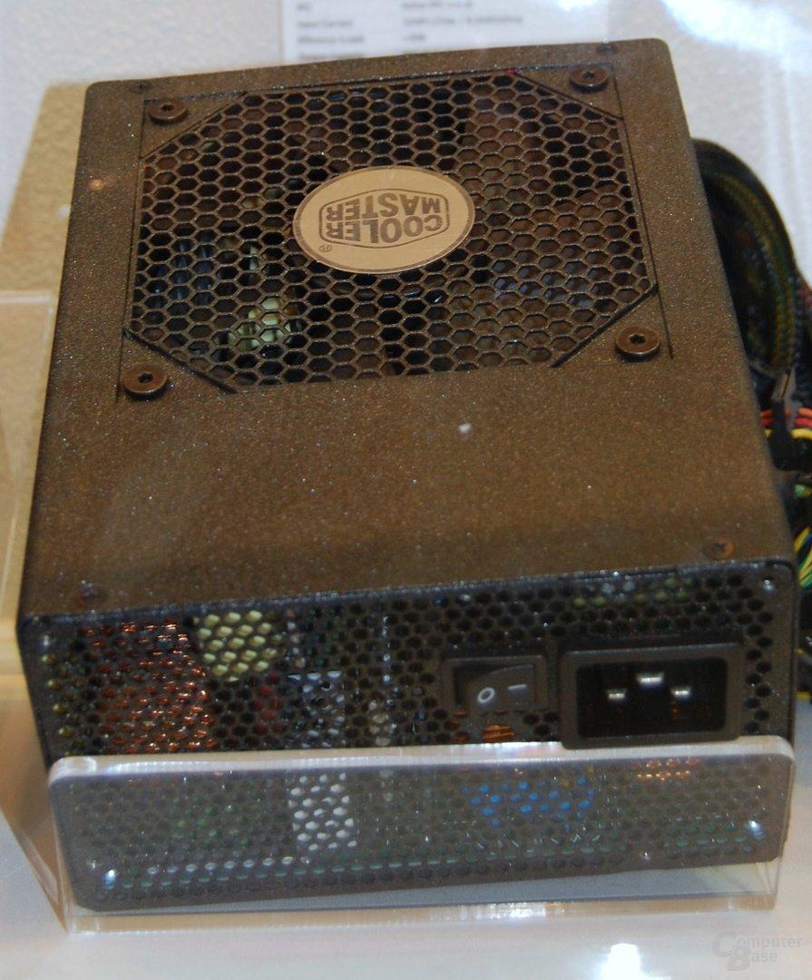 Cooler Master UCP 900
