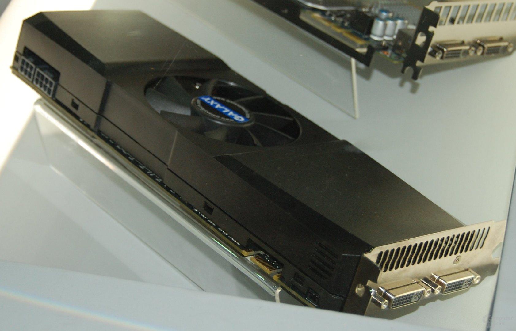 Galaxy/KFA² GeForce 295 mit nur einem PCB