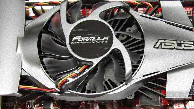 2 × HD 4770 im Test: Asus Formula und Sapphire schneiden gut ab