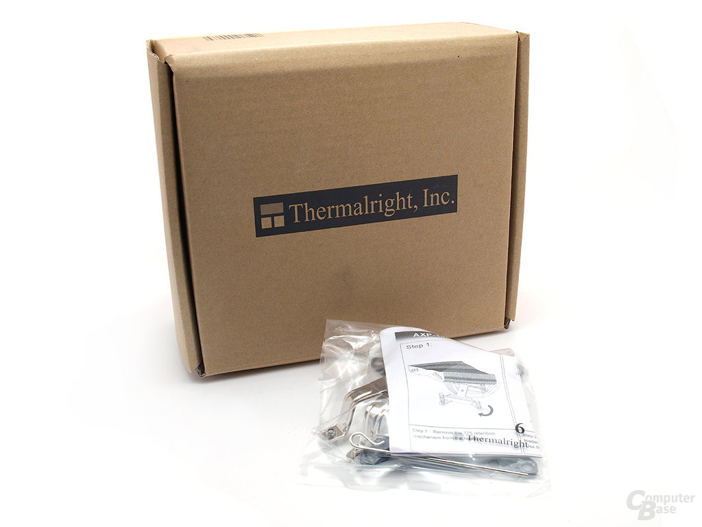 Thermalright AXP-140 Verpackung plus Sockel 1366 Blot-Thru Kit