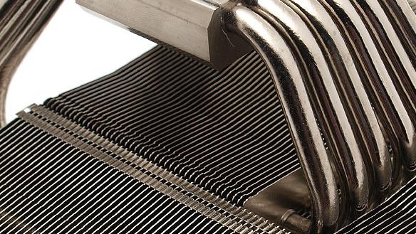 Thermalright AXP-140 im Test: Starker Kühler für kompakte Gehäuse