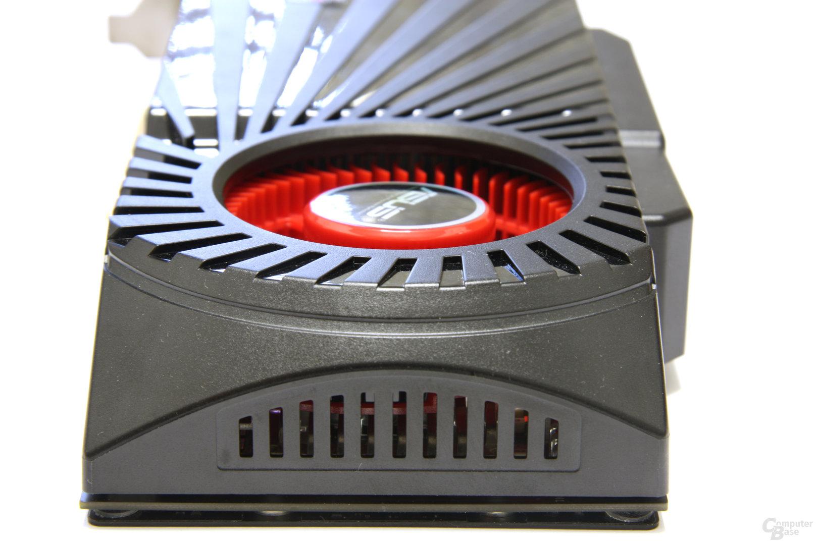 GeForce GTX 285 Matrix von hinten