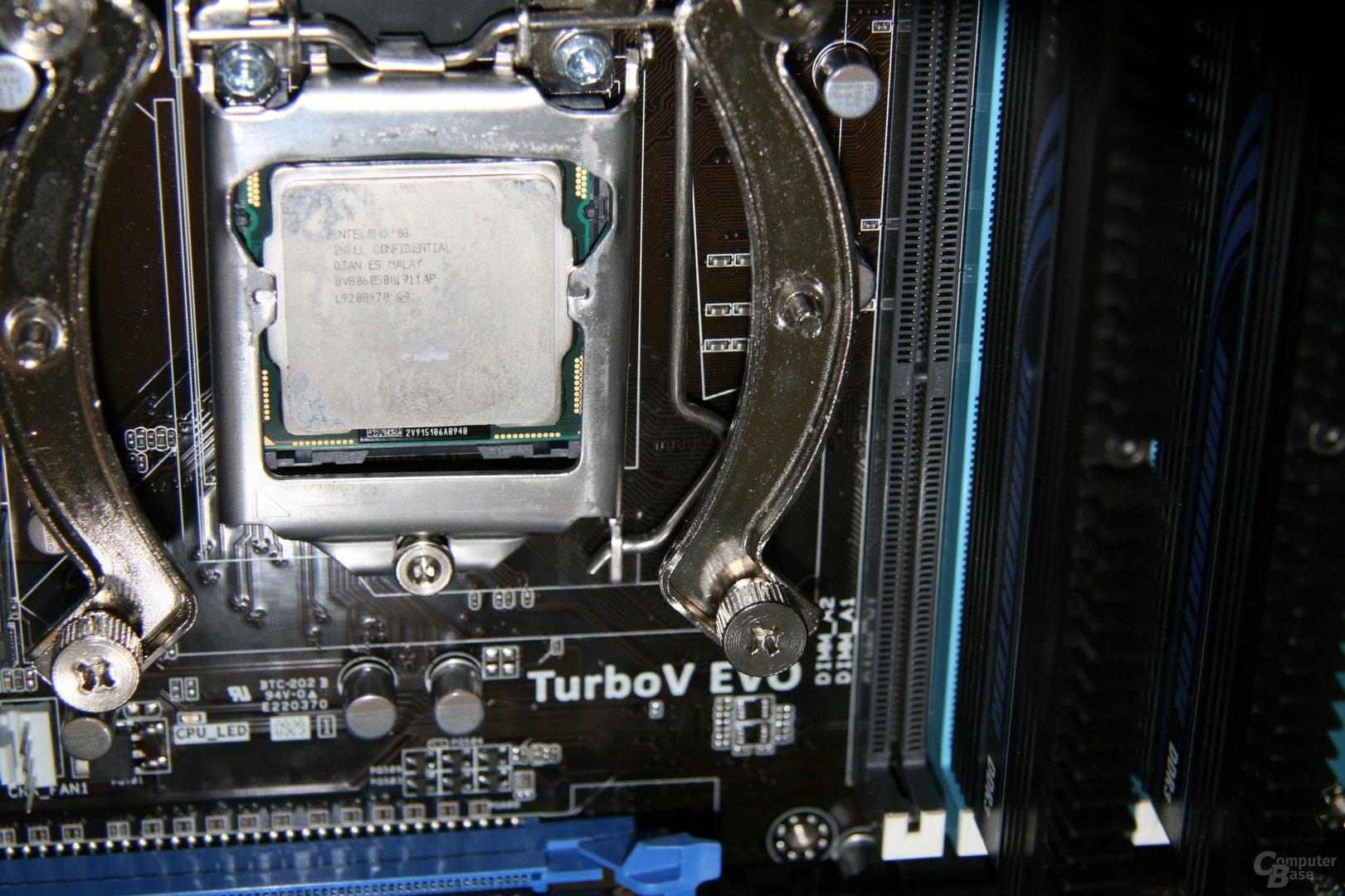 Intel 043