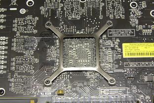 Radeon HD 5850 Chiprückseite
