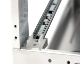 Cooler Master ATCS 840 – Mainboardtray-Lagerung