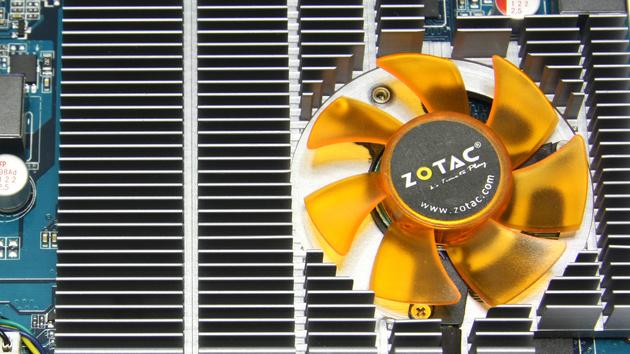 GeForce GT 220 im Test: Nvidias erste DX-10.1-Karte ist zu langsam fürs Spielen