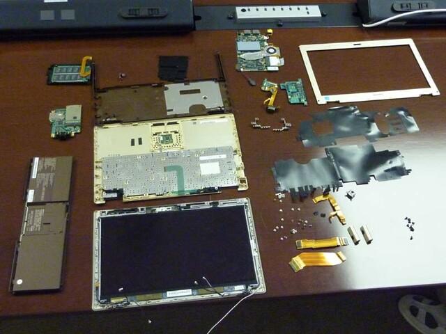 Sony Vaio X komplett zerlegt