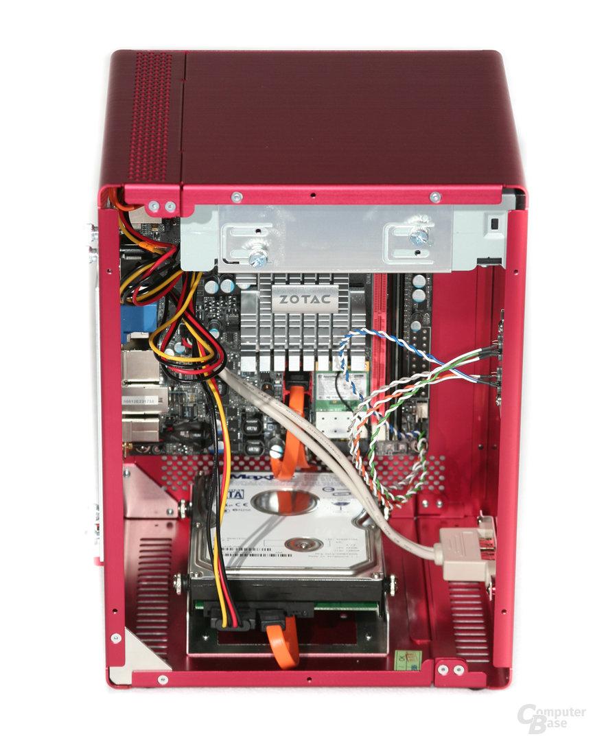 Lian Li PC-Q07 – Hardware