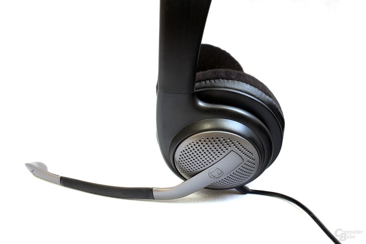 Befestigung des Mikrofonarms am Kopfhörer
