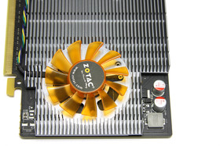 GeForce GT 240 von oben