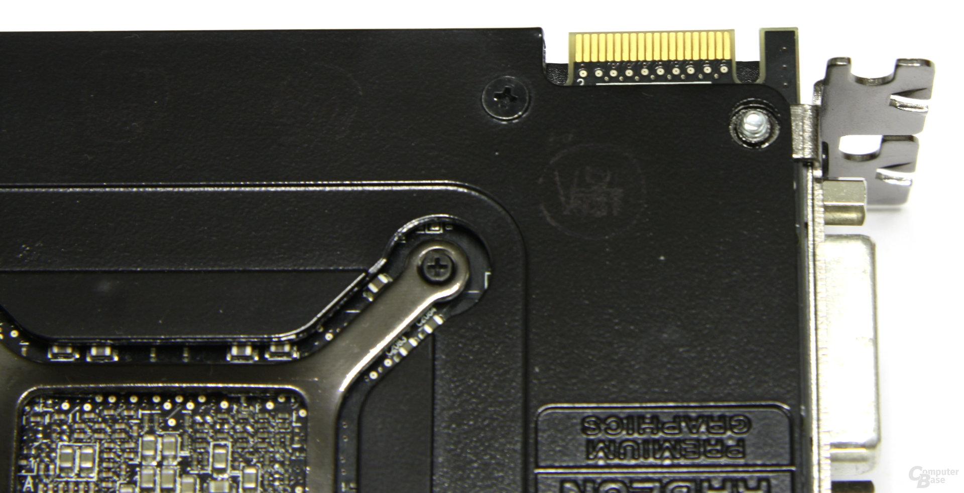 Radeon HD 5970 CF-Anschluss