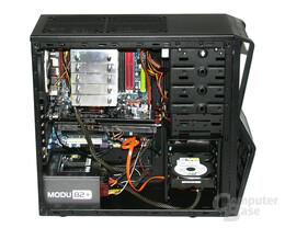 NZXT Gamma – Innenraum mit Hardware