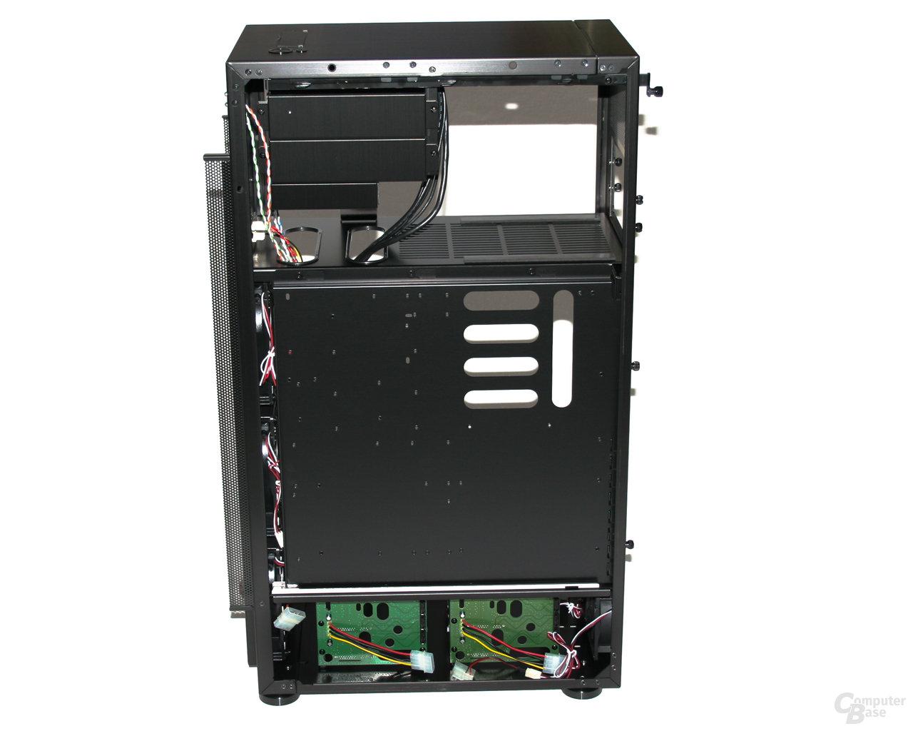 Lian Li TYR Super-Case PC-X2000BW – Innenansicht rechts