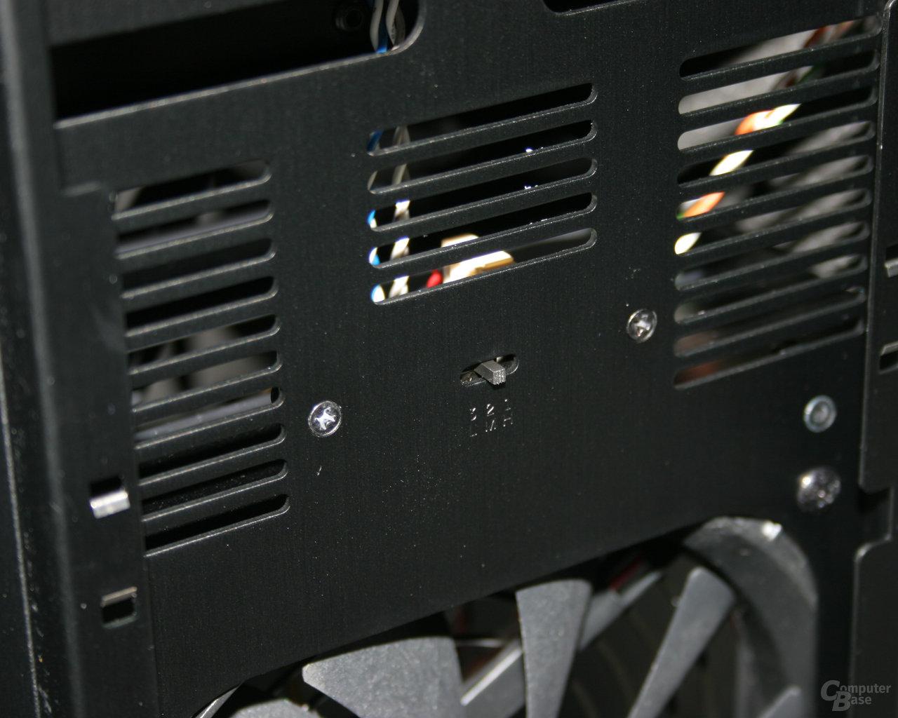 Lian Li TYR Super-Case PC-X2000BW – Lüftersteuerung