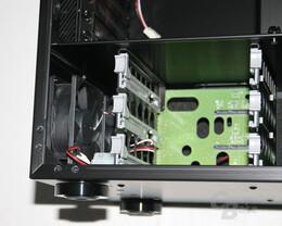 Lian Li TYR Super-Case PC-X2000BW – Festplattenwechselrahmen mit Lüftern