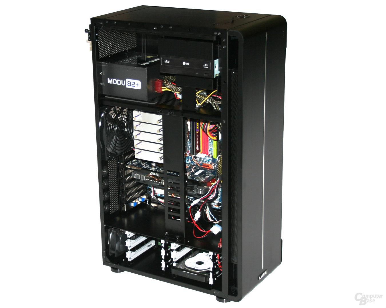 Lian Li TYR Super-Case PC-X2000BW – Innenraum hinten