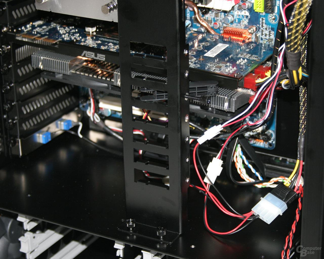 Lian Li TYR Super-Case PC-X2000BW – Grafikkartenhalterung