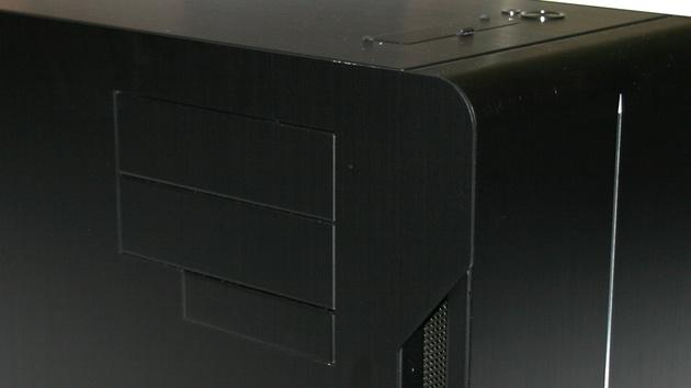 Lian Li TYR PC-X2000BW im Test: Überall Ausstattung und Aluminium