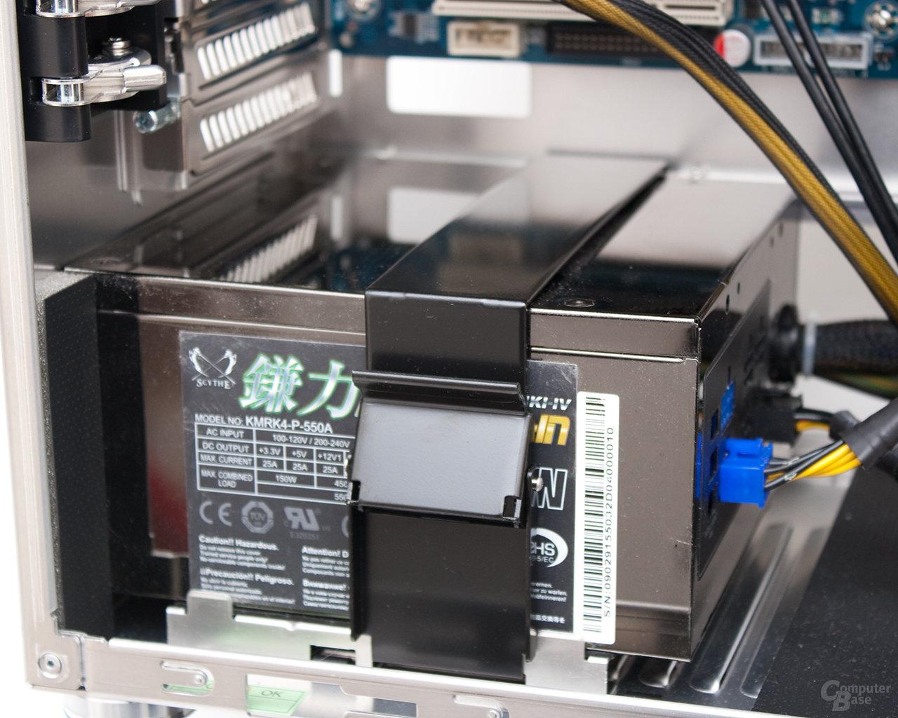ILian Li PC-B25F – Netzteilmontage