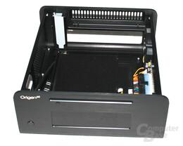 OrigenAE M10 – Innenansicht mit Laufwerkauflage