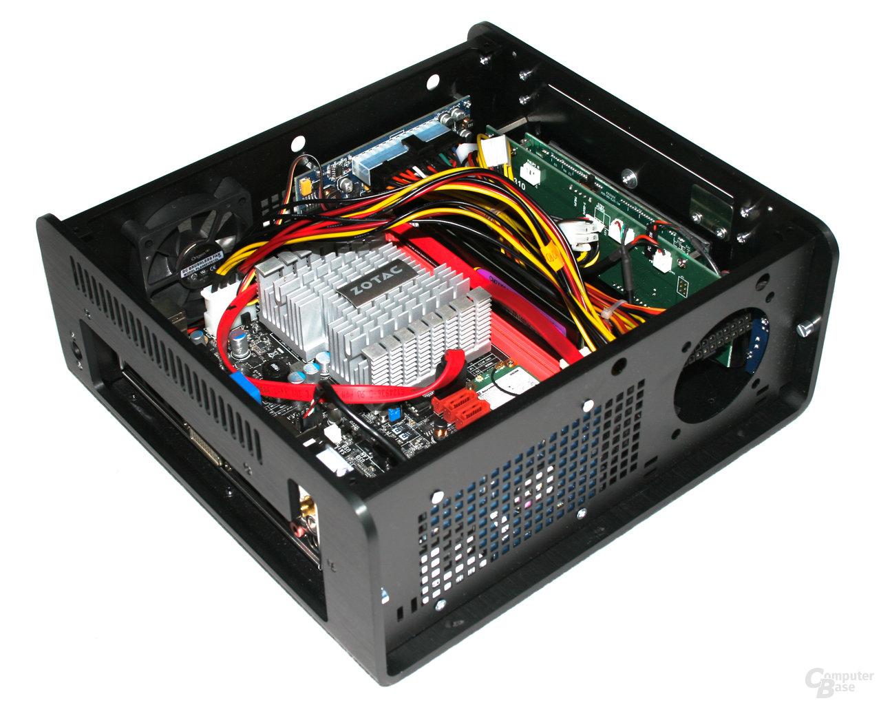 OrigenAE M10 – Vorn mit Hardware