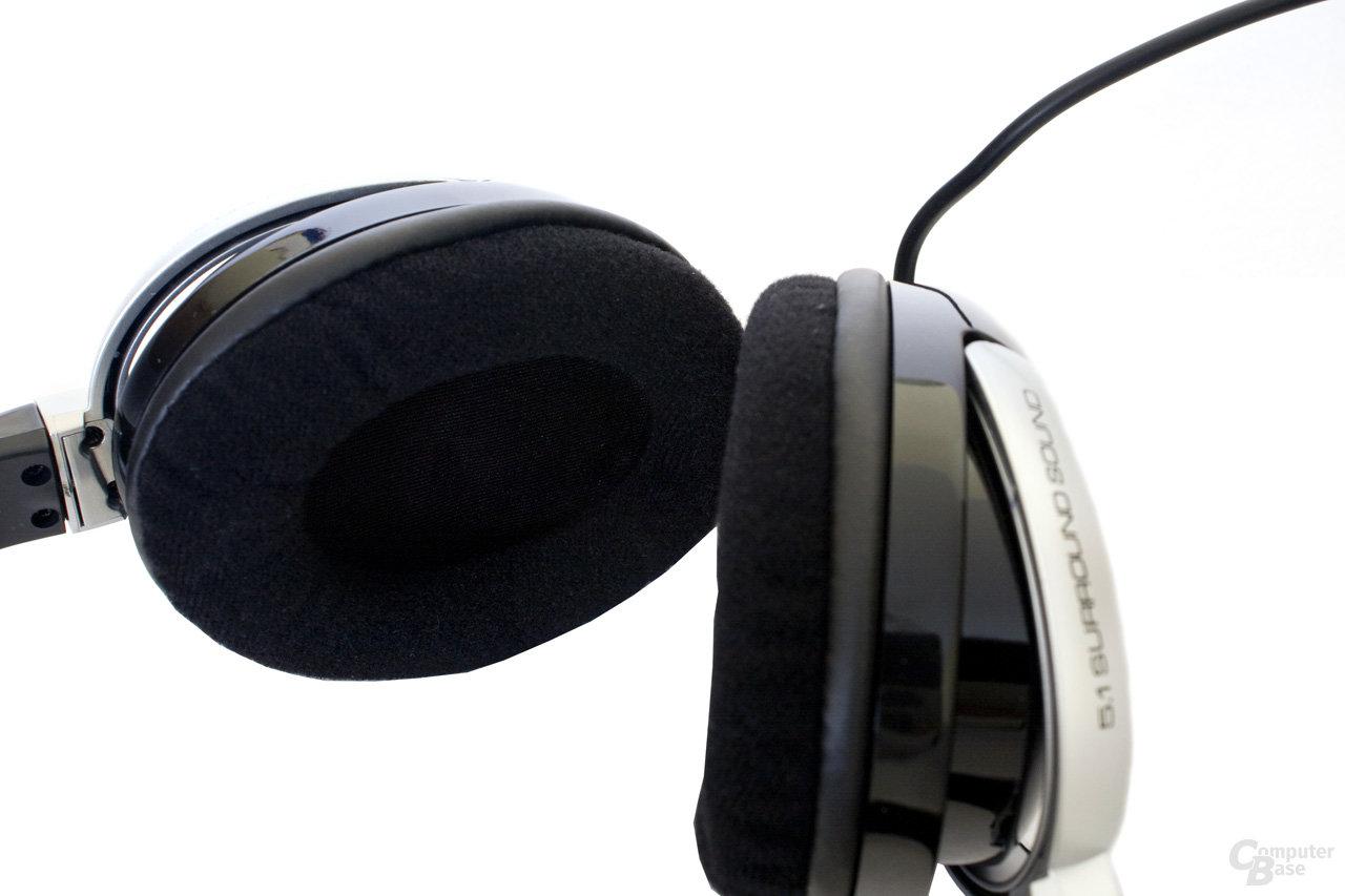 Ohrmuscheln des Saitek-Headsets