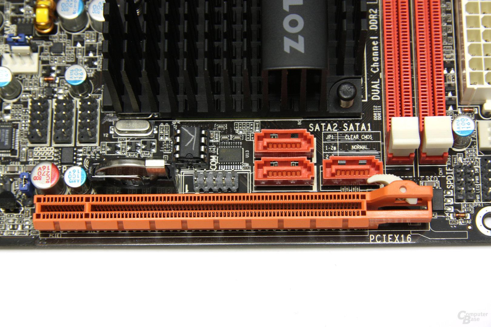Zotac GeForce 9300 - PCIe-Slots