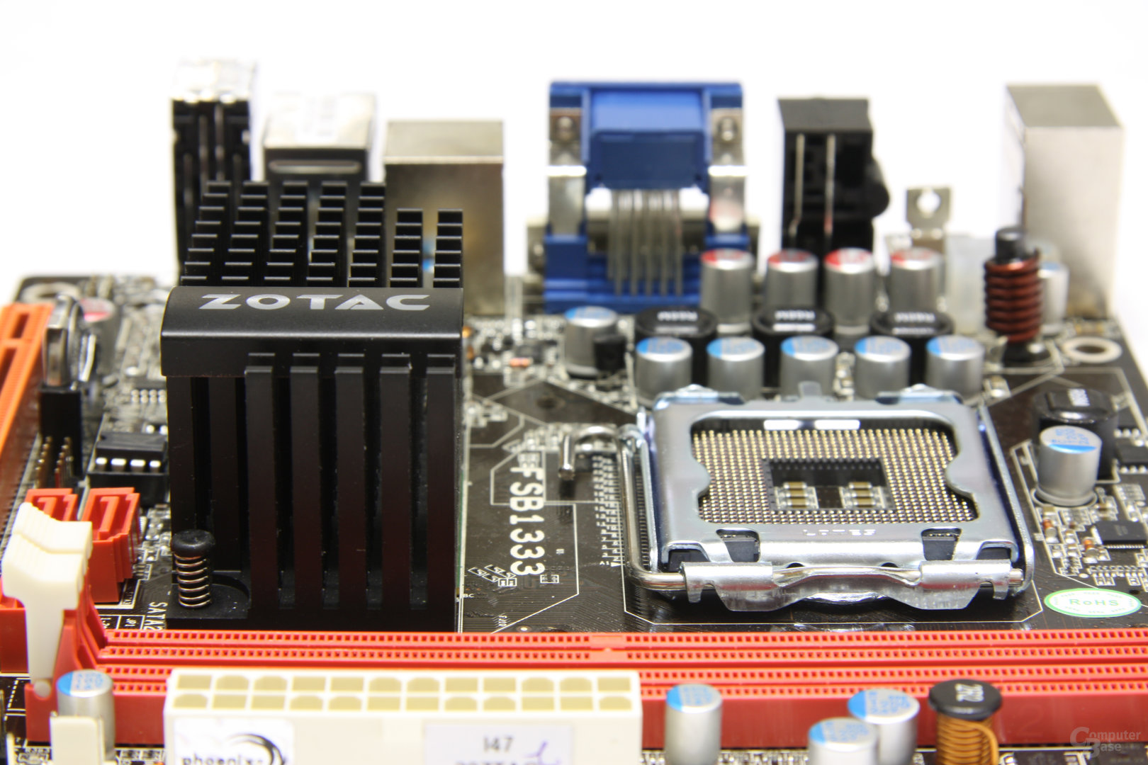 Zotac GeForce 9300 - Schrägansicht