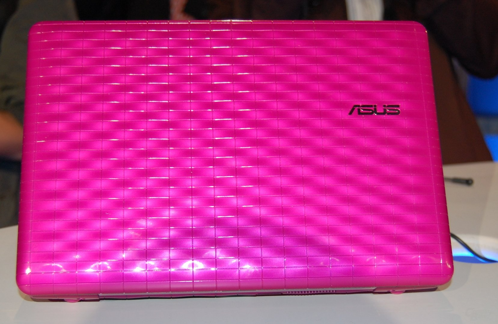 Asus Eee PC Seashell Karim Rashid Collection
