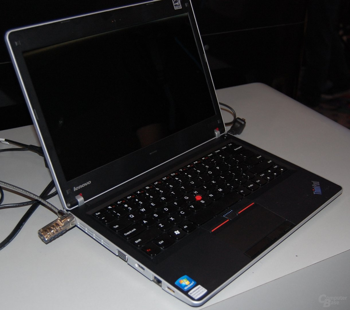 Lenovo Thinkpad x100e und Edge