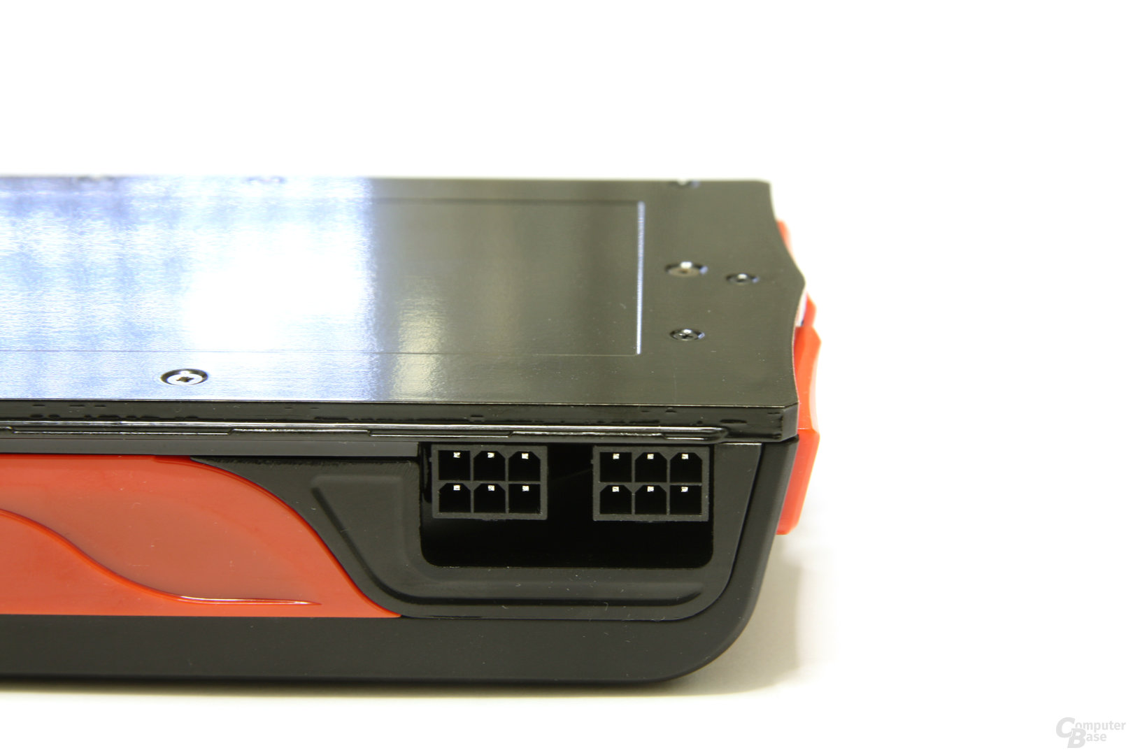 Radeon HD 5830 Stromanschlüsse