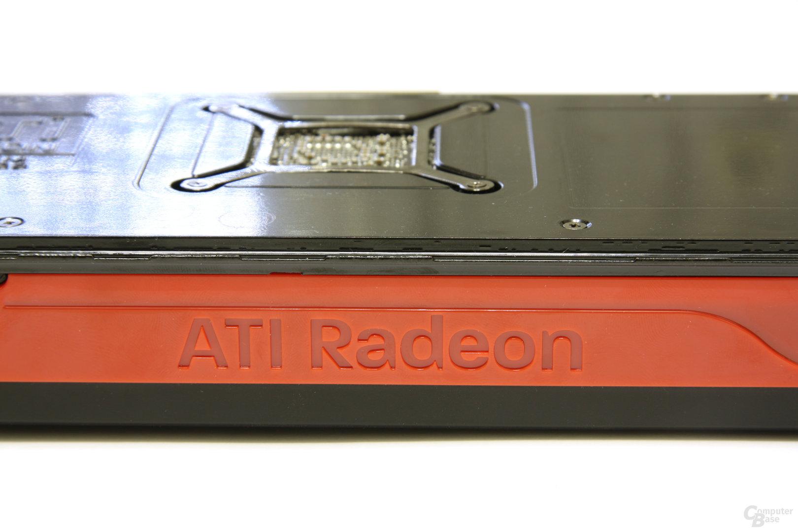 Radeon HD 5830 Schriftzug