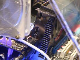 Asus Radeon HD 5870 Matrix mit 2 GByte GDDR5