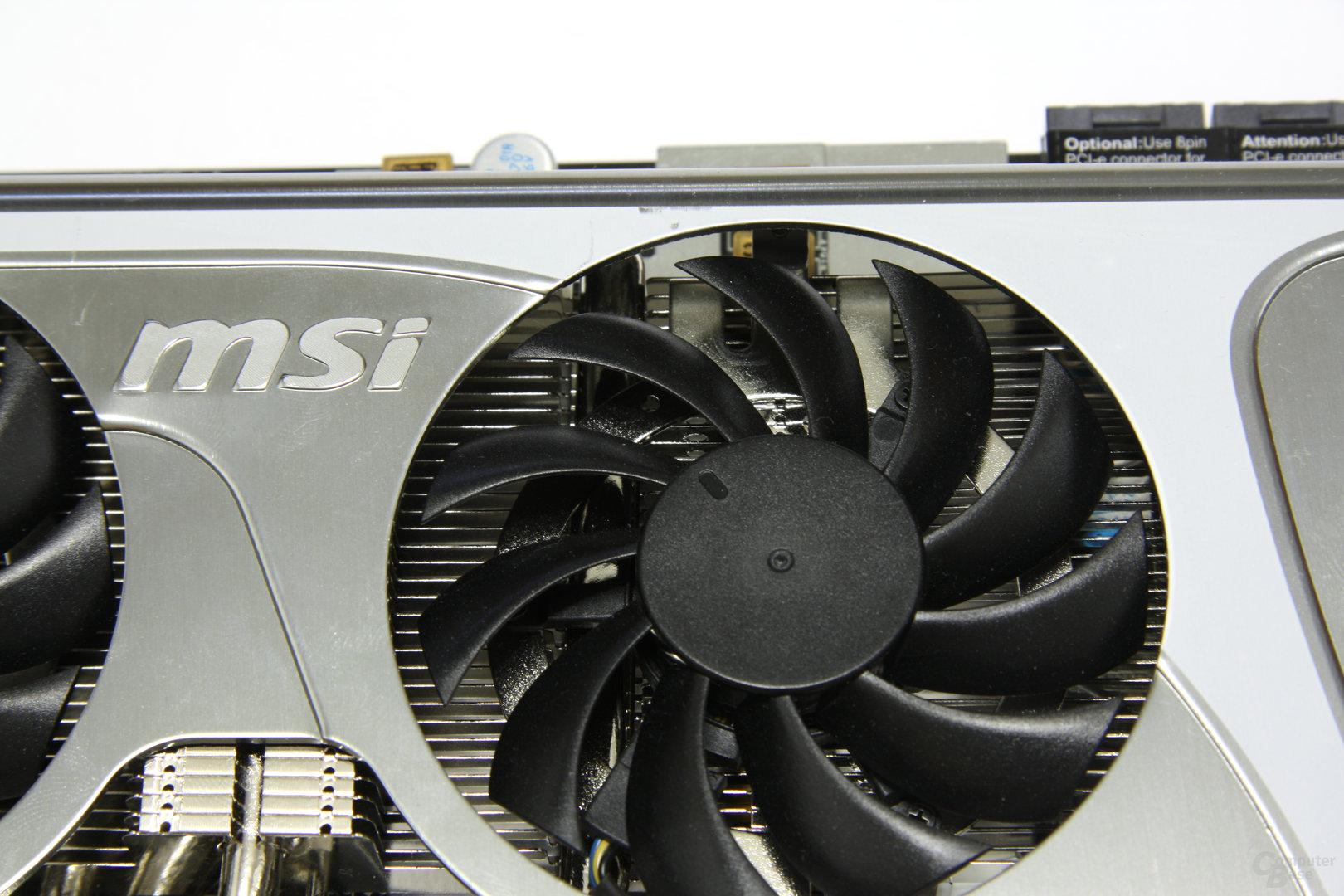 Radeon HD 5870 Lightning Lüfter
