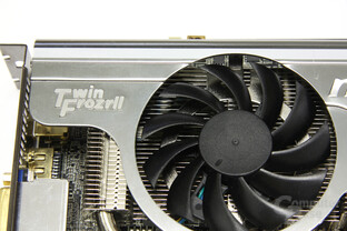 Radeon HD 5870 Lightning Twin Frozt II