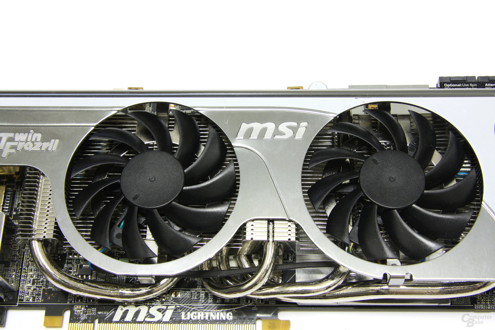 Radeon HD 5870 Lightning Kühlerdetails