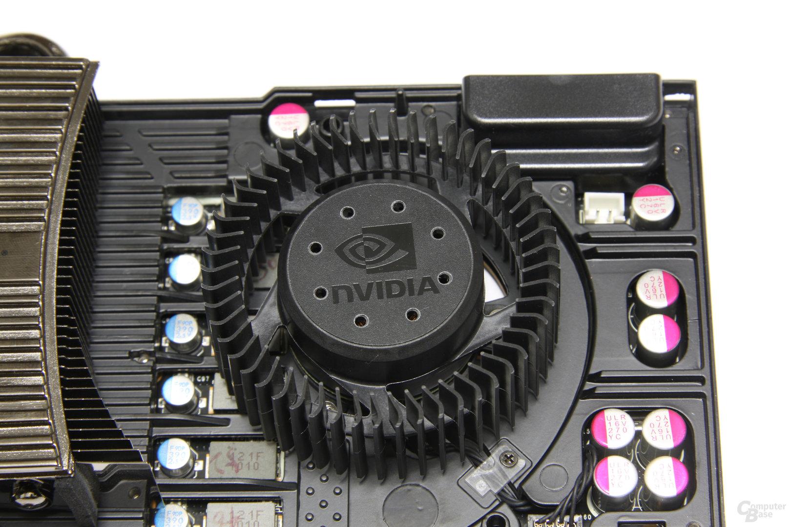 GeForce GTX 480 Lüfter ohne Kühler