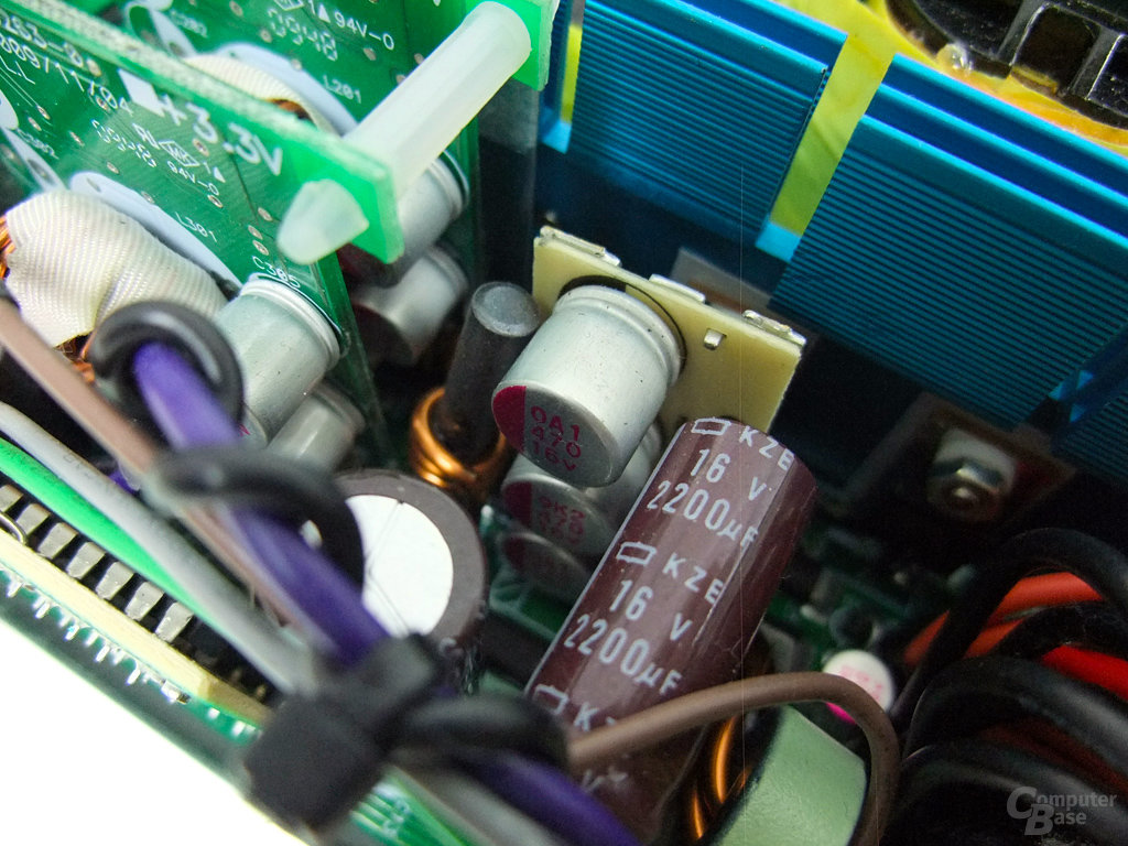 Enermax Modu87+ 600W – Siebkondensatoren