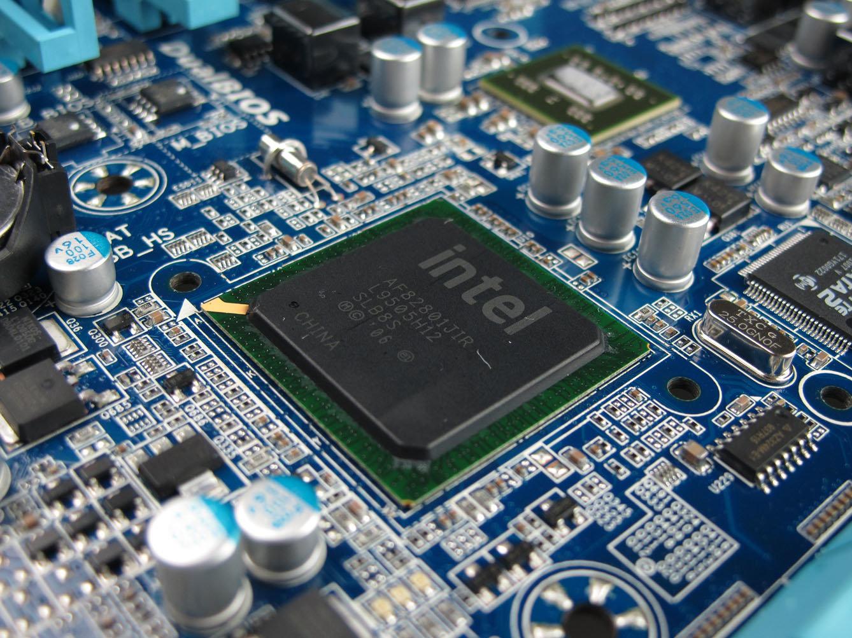Gigabyte GA-X58A-UD9 im Detail