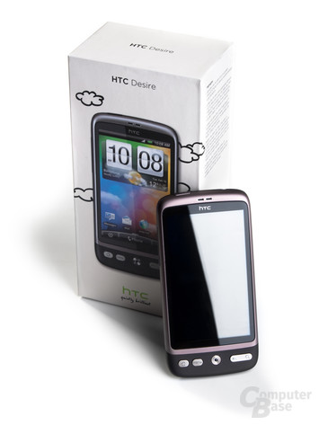 HTC Desire im Standby-Zustand vor Box
