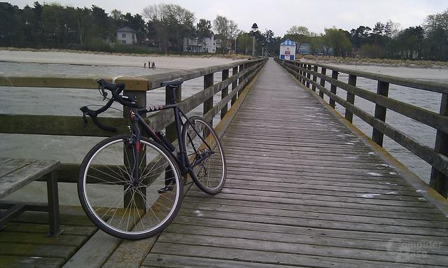Fahrrad des Redakteurs auf Lubminer Seebrücke