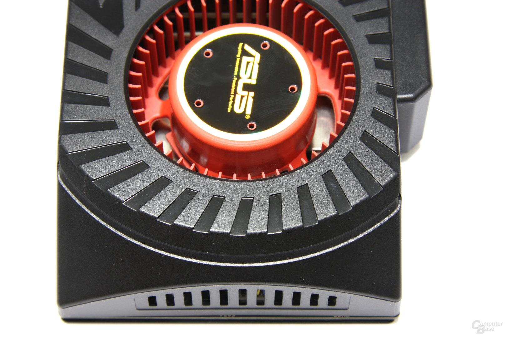 Radeon HD 5870 Matrix von oben