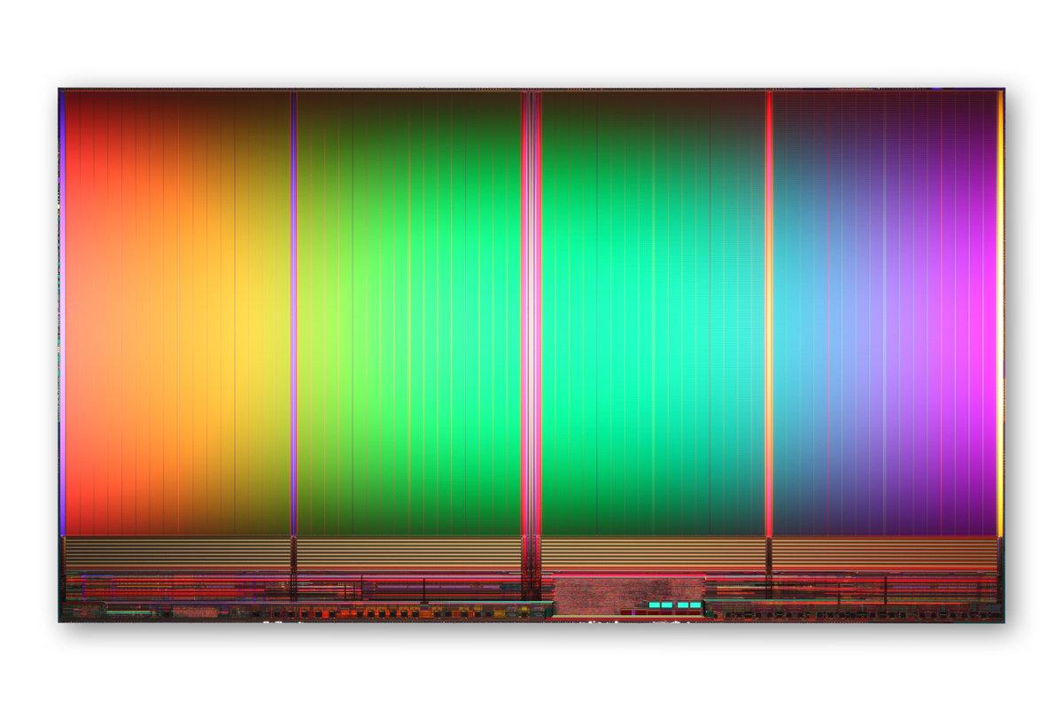 25 nm IMFT 2-Bit MLC NAND Flash, 8 GB, 167 mm²