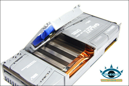 Galaxy/KFA² GeForce GTX 470 mit Klapp-Lüfter