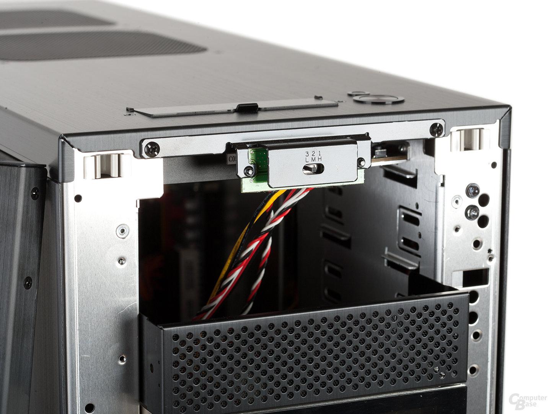 Lian Li PC-A77F – Lüftersteuerung