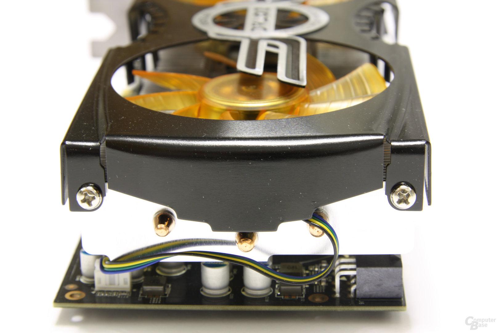 GeForce GTX 470 AMP! von hinten