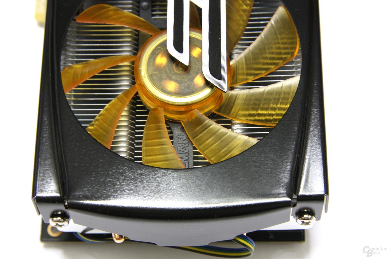 GeForce GTX 470 AMP! von oben