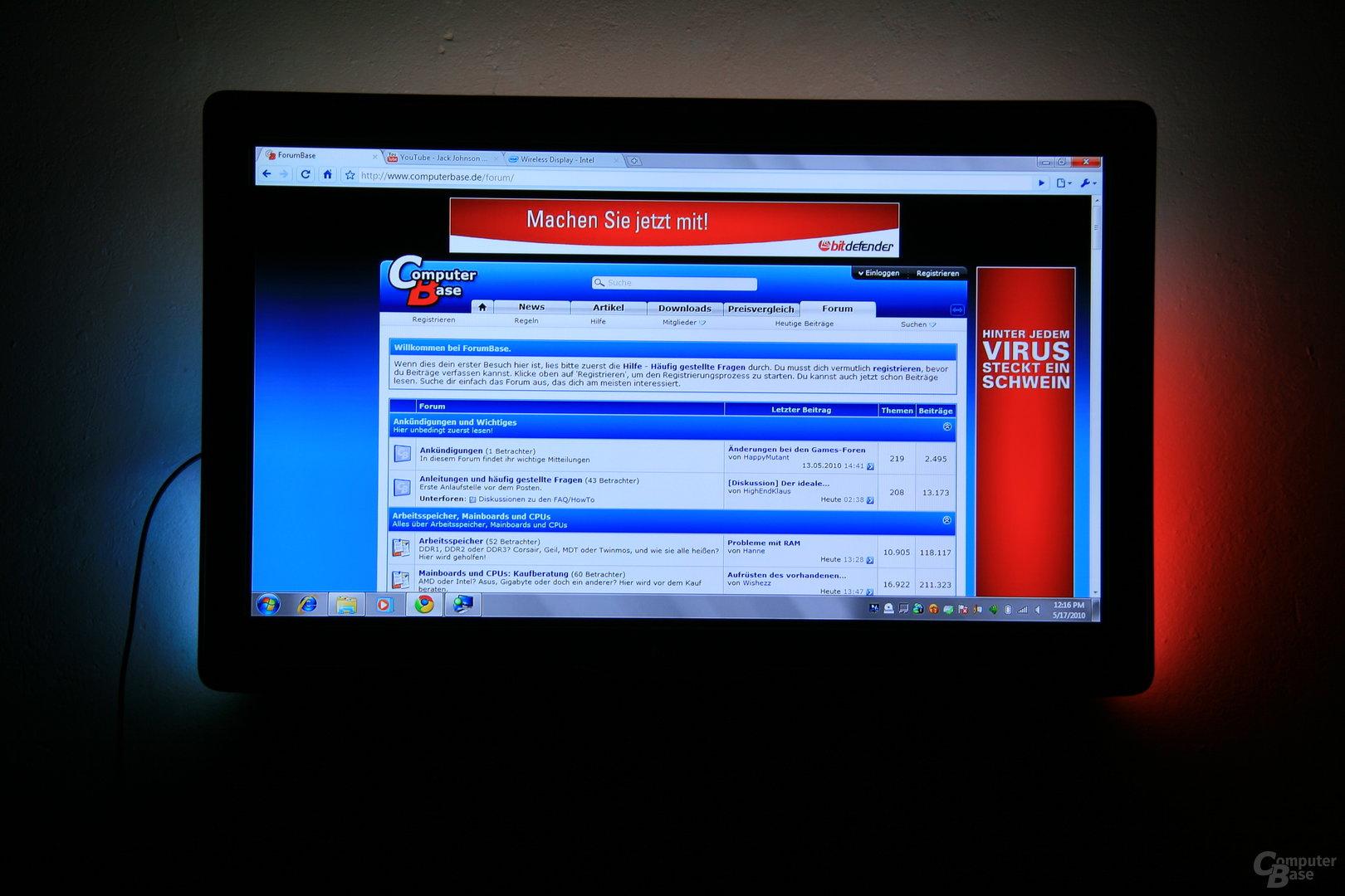 Intel WiDi – Startseite des ComputerBase-Forum auf dem TV