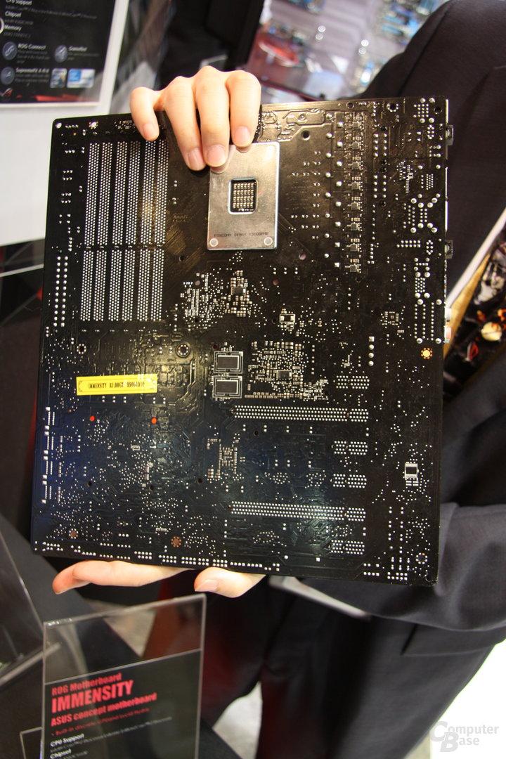 Asus Konzeptmainboard auf der Computex 2010