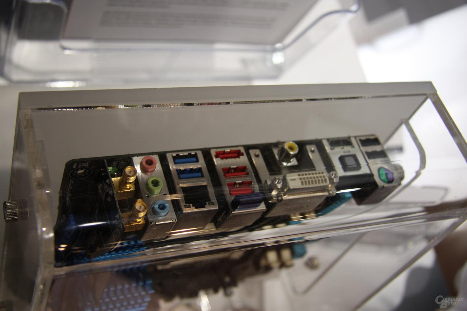 Asus-Mainboards auf der Computex